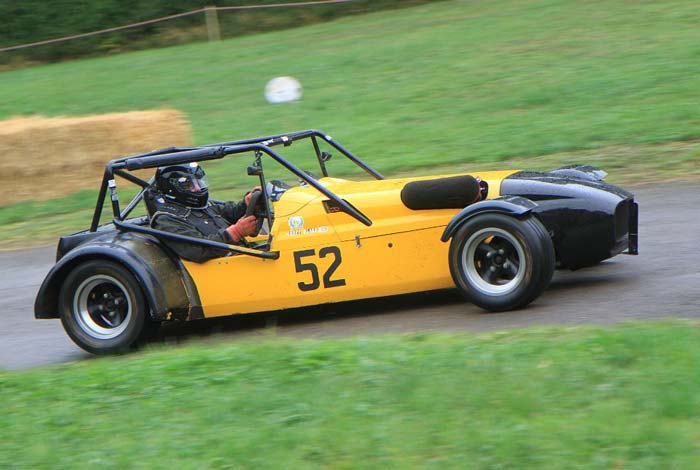 Competitor at the Manor Farm Hillclimb